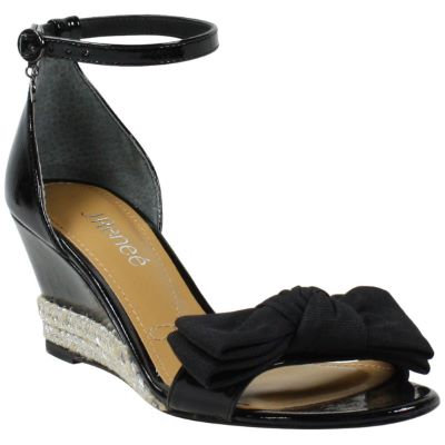 Front view of Dariann Black Patent /Grosgrain